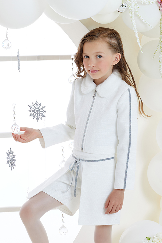4/8 Years Girl Suit With Ecru Jacket And Short